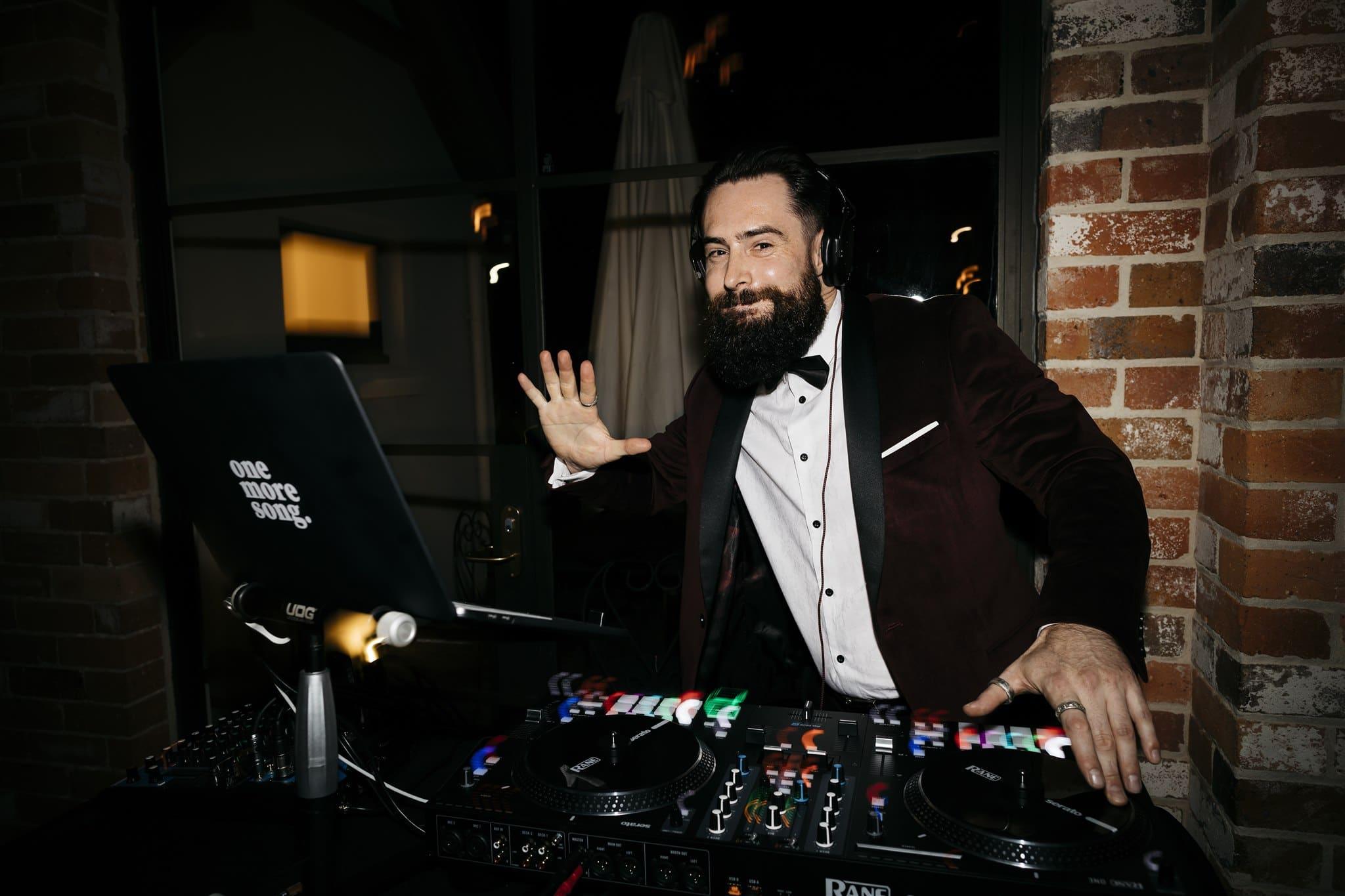 Melbourne Wedding DJ Eddy Mac